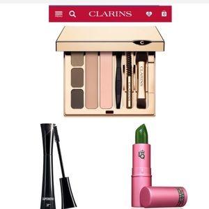 NEW✨$100+ value makeup bundle!!